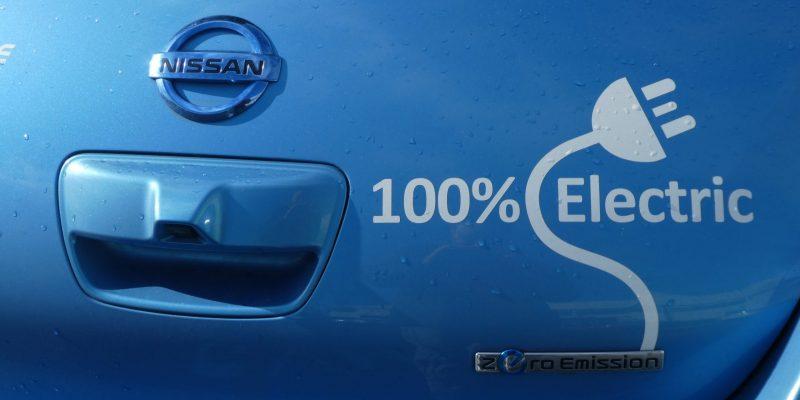 Quel autoradio pour une voiture électrique ?